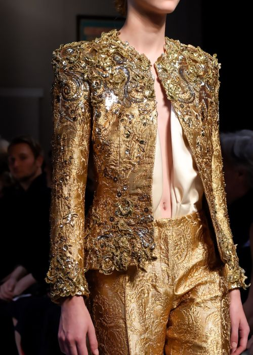 dilek-hanif: vogue-is-viral: Schiaparelli Couture Fall 2015 ~ details Xo