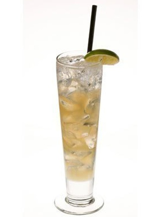 The paloma is a tequila-based cocktail mixed with grapefruit sodas like Fresca, which have zero calories. So you can get a hint of sweetness without the added sugar rush.