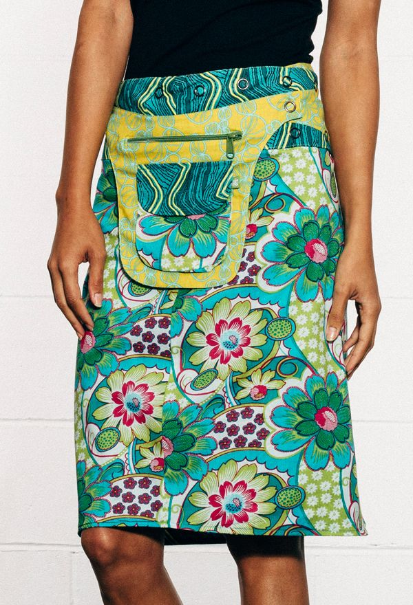 Fully reversible long Rosanna Skirt with detachable pocket. Different print on each side. Expandable adjustable press studs for different fit options. See pocket detail, flap or waistband for reverse print detail.