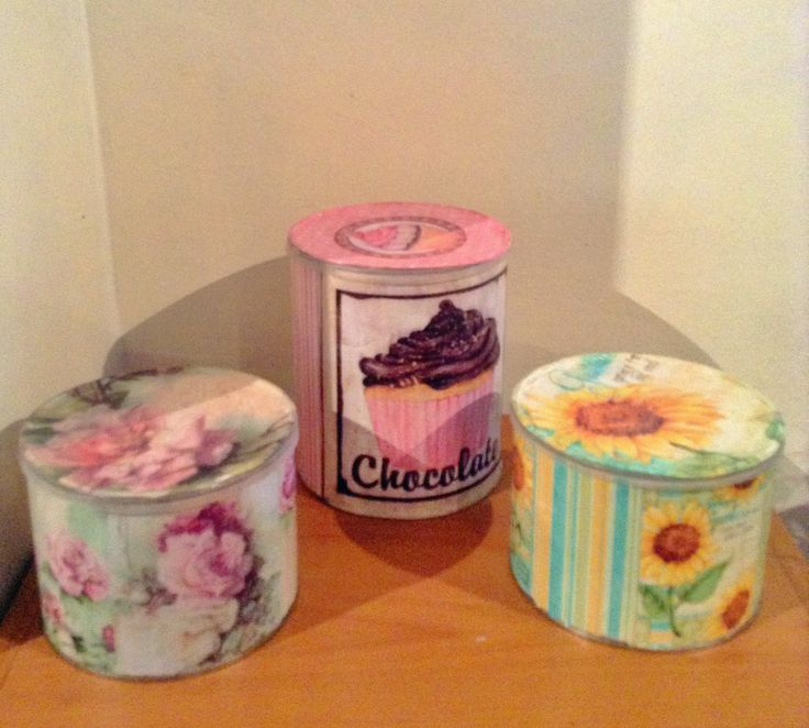 #Decoupage #Vintage #can #roses #cupcake