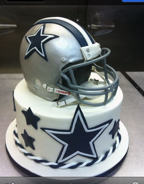 Dallas Cowboy fans cake by Simon Lee Bakery