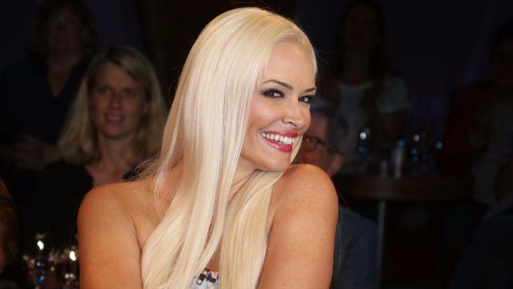 Nachricht: Neue TV-Show - RTL 2 kürt Katzenberger zur Fashion-Queen - http://ift.tt/2tQj7nE #story