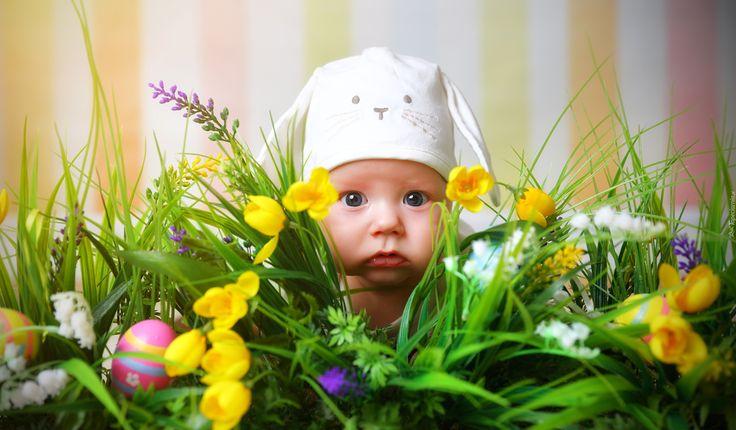 Dziecko, Czapeczka, Wielkanoc, Kwiaty- Piękne tapety na Twój pulpit.
