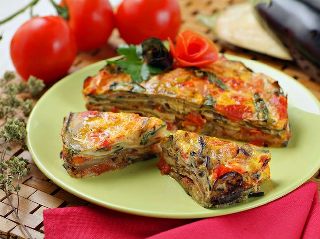 Un'idea per pranzo? Torta di #melanzane con uova e basilico! #cucina