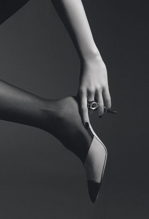 Montre-bague J12.XS de Chanel