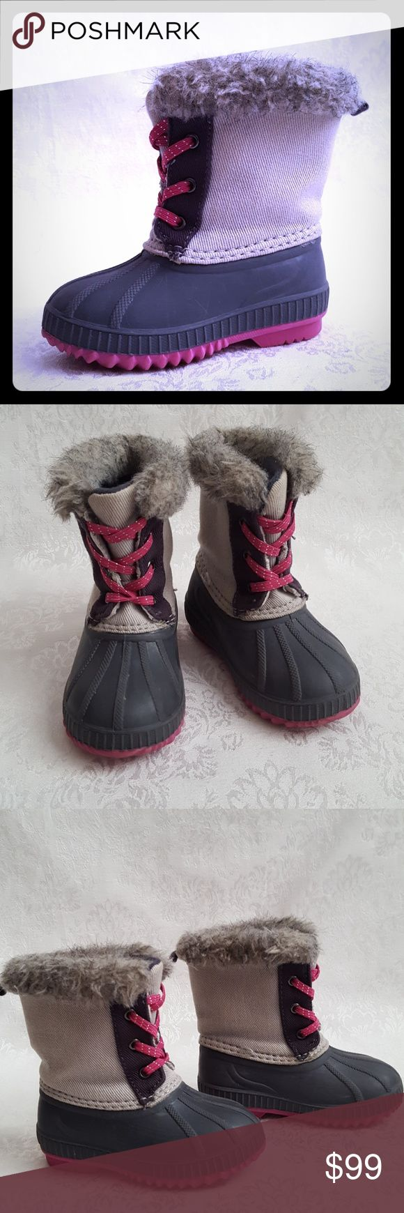 "KIDS Gray Pull On Duck Boot Pink Sole & Laces Toddler Gray pull on duck boots with fur trim and lining. Pink laces and pink sole. Dark gray rubber shoe portion with a lighter gray canvas top. Boots measure approx 6"" from base of heel to top of boot.  Excellent used condition. Smoke free and pet free home.   Check out my other listings - 100's of 👠shoes👠, 👢boots👢 and 👜bags👜. Bundle 2 or more and save money!💲💰💲 Shoes Rain & Snow Boots"