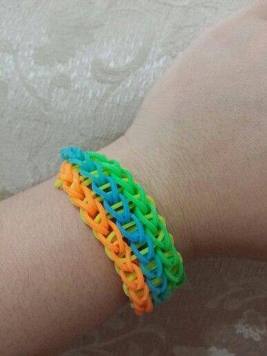 Triple chainlink in summer colors