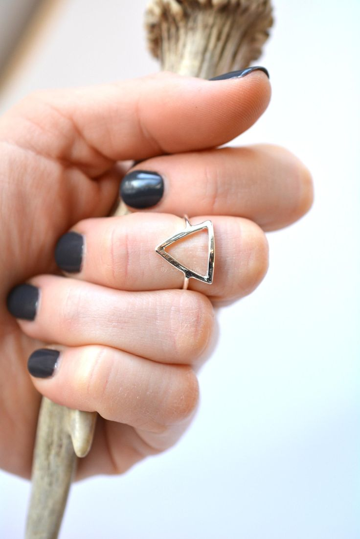Triangle love // open ring // by Caitlin ©