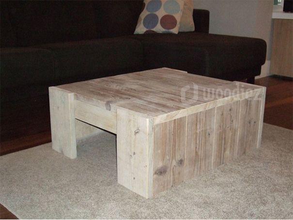 WOODIEZ | Mooie robuuste steigerhouten salontafel.