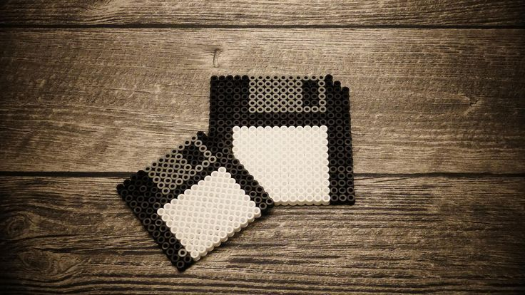 Bügelperlen - Untersetzer Diskette
