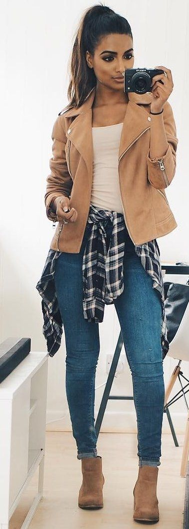 #winter #fashion /  Camel Leather Jacket + Skinny Jeans