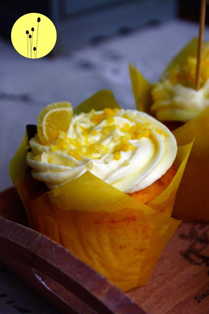 Zitronen Cupcakes zur Zitronenwoche gibt es heute auf www.babyrockmyday.com