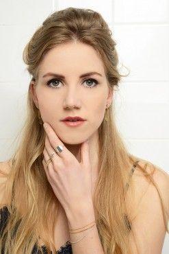 Charlotte Wooning model 1