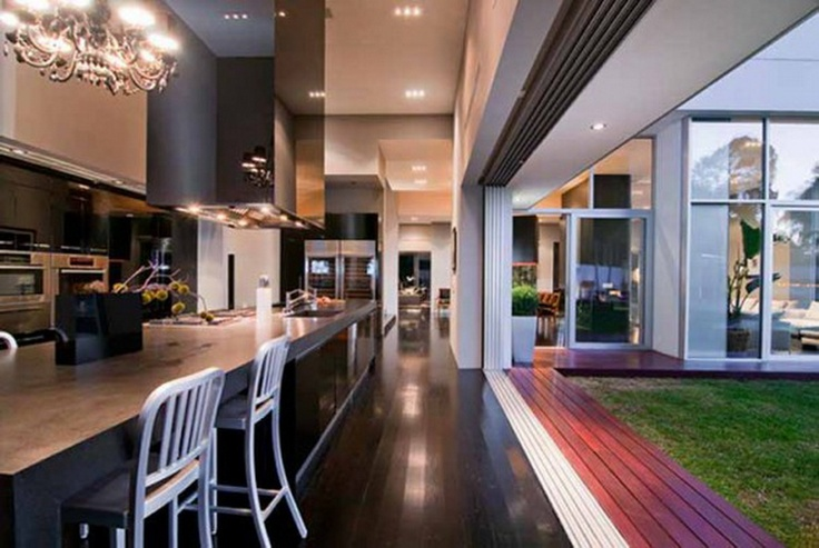 love the modern kitchen and indoor/outdoor space: Contemporary Kitchens, Open Spaces, The Angel, Black Interiors Design, Cars Girls, Inside Outside, Dining Rooms Design, Open Kitchens, Houses Design