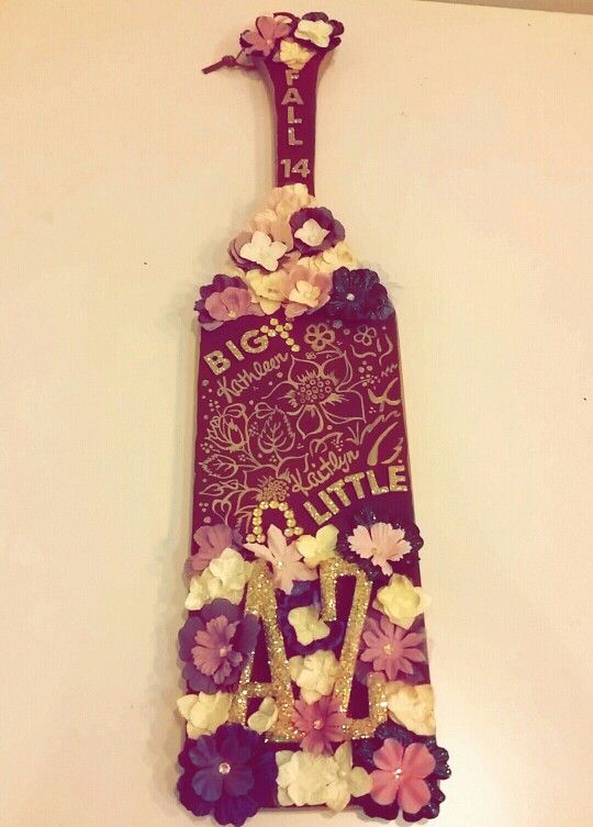 Paddle I made for the little! big Alpha Zeta crafting fraternity floral glitter purple and gold AZ sorority crafts ideas hand-painted flowers