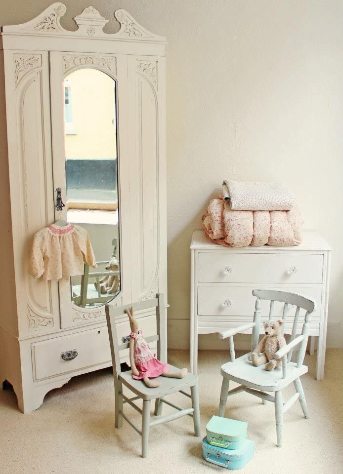 268 best shabby chic nursery images on pinterest child room baby room and bedrooms. Black Bedroom Furniture Sets. Home Design Ideas