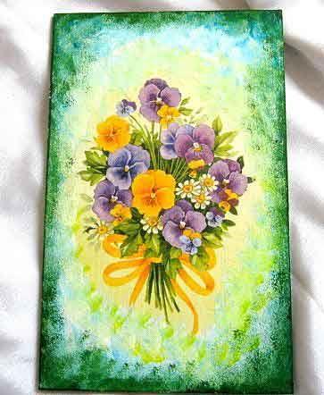 #Tablou cu #buchet #flori, flori #galben si #violet cu #panglica #galbena, tablou #lemn #decorat cu #tehnica servetelului si #pictat cu #acrilice http://handmade.luxdesign28.ro/produs/tablou-cu-buchet-flori-flori-galbene-si-violete-tablou-lemn-16747/
