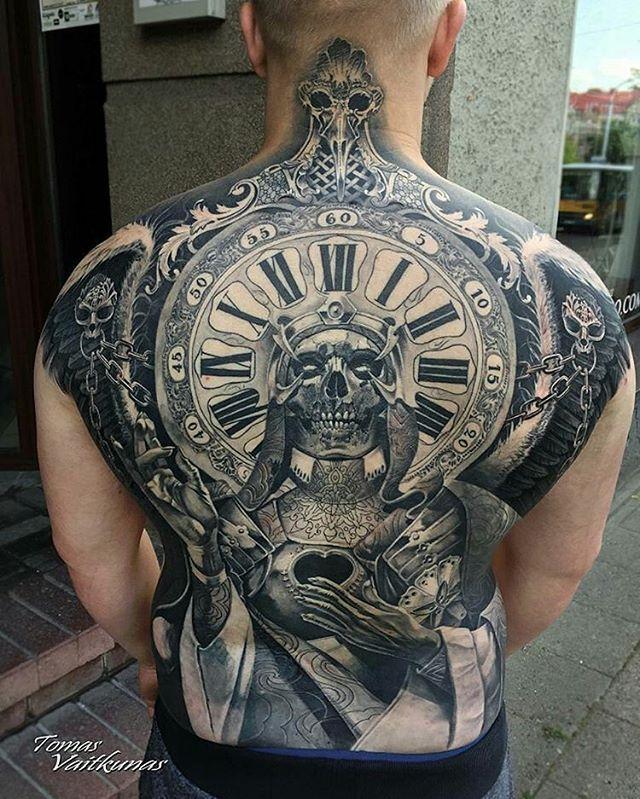 Backpiece by artist @tomasvaitkunas #supportart #support #tattoo #artists #worldwide .