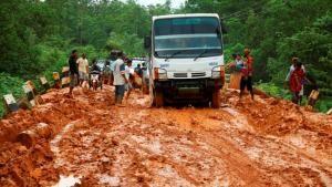 Proyek Jalan Trans Papua Terus Dipacu Pemerintah