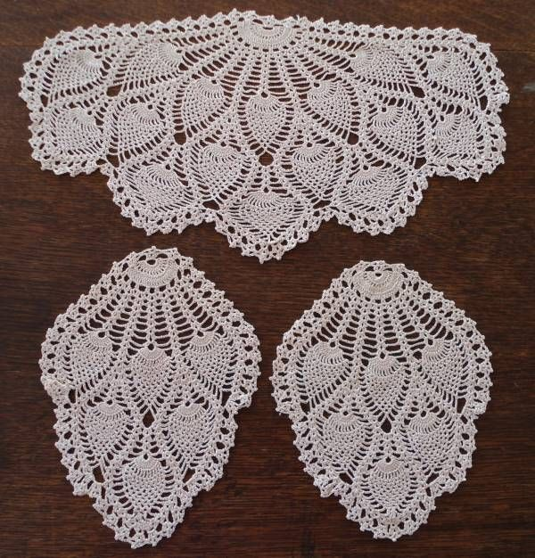 Vintage Crochet Lace Antimacassar Chair Doily Set Ecru