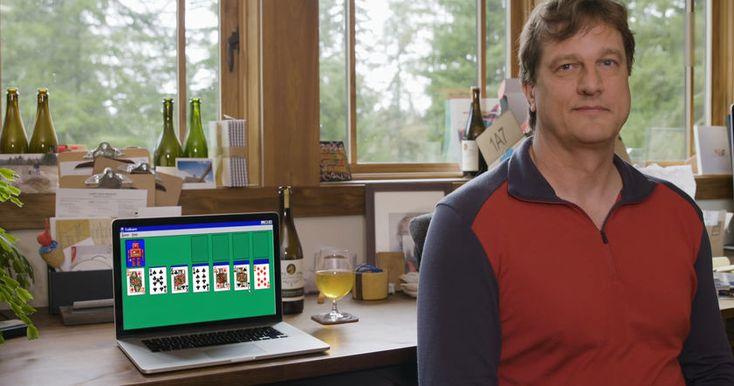 """Перед внедрением """"Косынки"""" в Windows с игрой ознакомился основатель Microsoft Билл Гейтс, который пожаловался, что в ней сложно одержать победу."""