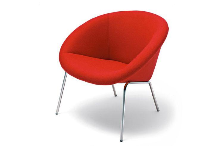 Walter Knoll 369. Een elegant en charmante fauteuil met een gestoffeerde zitting. www.deprojectinrichter.com/walter-knoll/