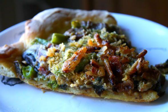Green Bean Casserole PIZZA...mmmmm | Thanksgiving Menu | Pinterest