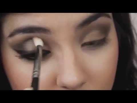 ▶ Быстрый макияж для карих глаз видео - YouTube