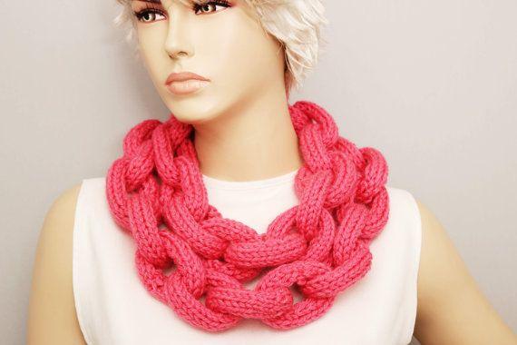 Coral lariat sciarpa, sciarpa di Knited catena anello cerchio collana lariat, lariat lunga sciarpa a maglia