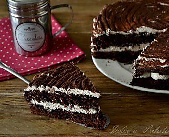 Torta al cioccolato con panna e caffè, ottima fresca