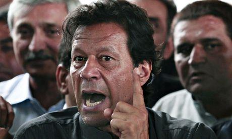 Liberal newspaper Express Tribune cowed into silence by Pakistani Taliban