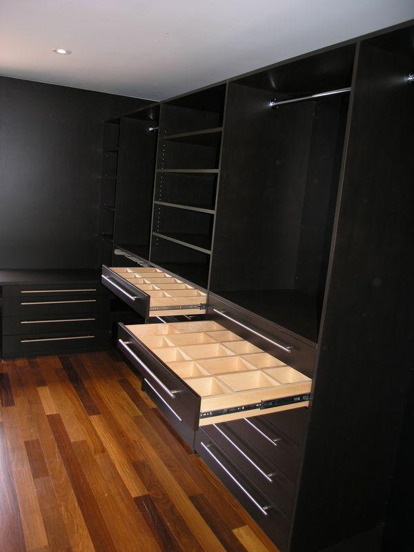 Organizar cada detalle. #IdeasenOrden #closets #decoracion