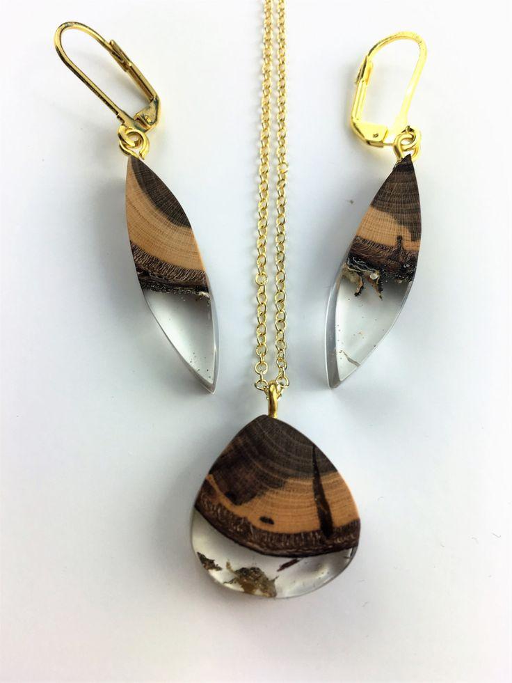 gold schmuck set halskette und ohrringe aus holz harz. Black Bedroom Furniture Sets. Home Design Ideas