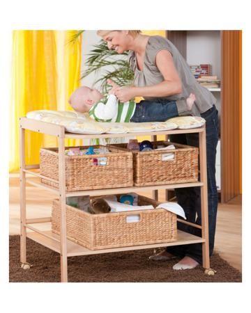 Geuther Clara натурального цвета  — 13070р. -------------------- Стол для пеленания Clara натурального цвета Geuther - простой и прочный пеленальный столик на колесик��х. Материал - массив бука. Для детей весом до 11 кг и возрастом от рождения до 12 месяцев.