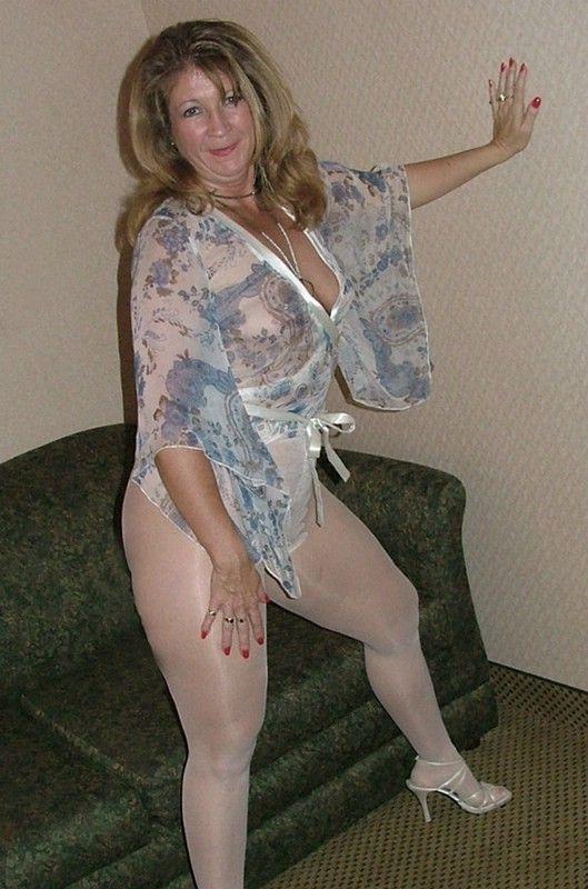 Sexy Granny'S 11