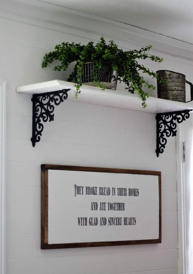 DIY Magnolia House inspired farmhouse kitchen sign | www.knickoftime.net