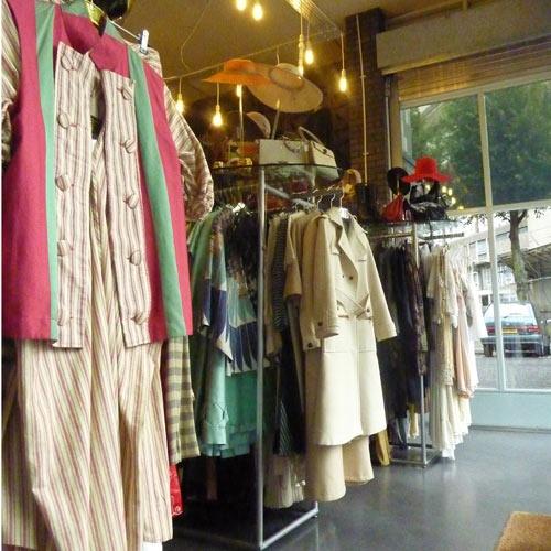 Rellik. Fiona Stuart, Claire Stansfield & Steven Phillip. Notting Hill. Givenchy, Thierry Mugler & Vivienne Westwood.
