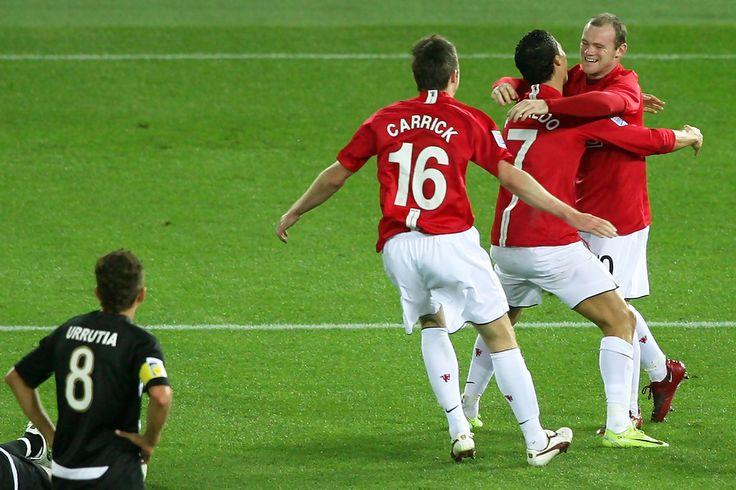 Wayne Rooney Photos - Pachuca v Gamba Osaka - FIFA Club World Cup 2008 - Zimbio