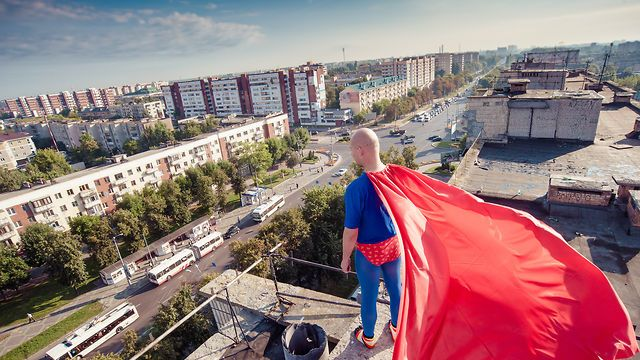 Superman engagement photo, Alena and Vadim. Pictures taken by professional wedding and engagement photographer Artur Jakutseivch http://arturjakutsevich.com/engagement-love-story-photography/ Find more inspiring photos and videos at http://365weddings.info/love-story-photo/