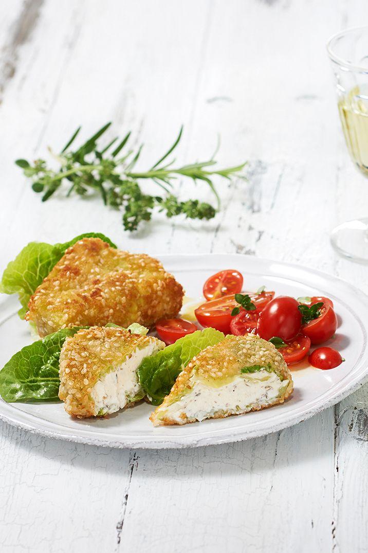 Vegetarisches Schnitzel mit Chavroux und Wirsing. Nur eines von vielen kreative Rezepten ohne Fleisch auf ich-liebe-käse.de