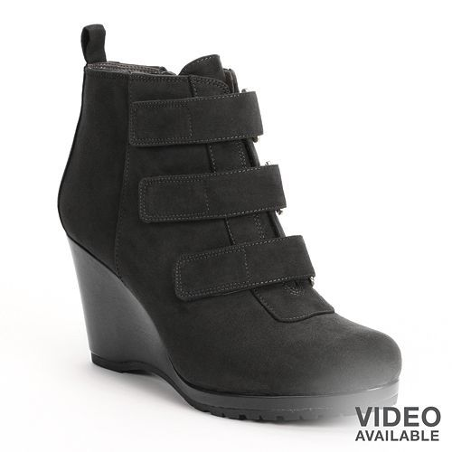 Vera Wang Gina Leather Platform Booties with credit card cheap online nuDUruFI