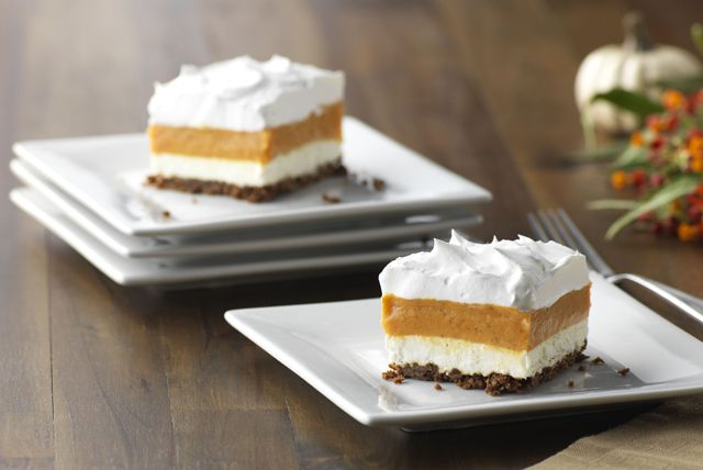 A spicy blend of vanilla pudding and pumpkin is layered with creamy whipped topping over a gingersnap cookie crust in this easy, yet elegant, dessert.