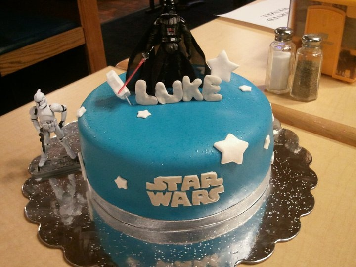 Star Wars Cake Design Pinterest : star wars cake Recipes Pinterest