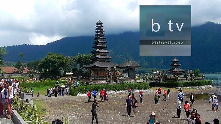 Bali: Ulun Danu Beratan Hindu Temple on Lake Bratan Bedugul. #bali #balinews #baliturism #baliholiday #thingstodoinbali #whattodoibali #baliholidays #cheapbaliholidays #balitravel #balitour #balitours #bestofbali #indonesia #indonesiatravel #travelindonesia #indonesiaholidays #balitemples #ulun #balitemple #templesinbali #bedugulbali #bedugul #danu #ulundanu #bratan #lakebratan #puraulundanubratan #puraulundanu #ulundanutemple #purabali #beratanlake #balinesetemple #watertemplebali