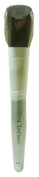 Le pinceau poudre de T LECLERC, l'accessoire incontournable pour appliquer le fond de teint comme chez un maquilleur !