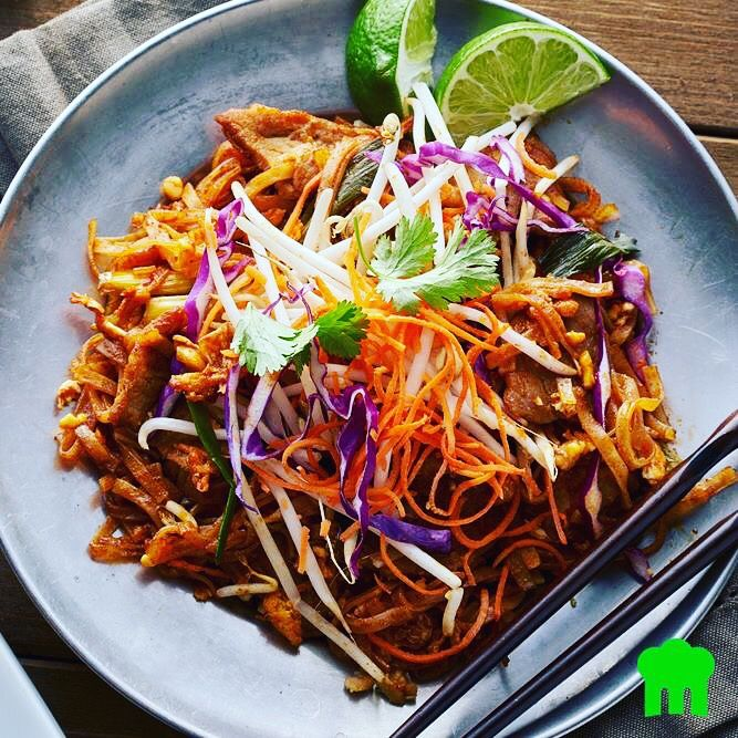We've got a hankering for Pad Thai! Can we start our weekend early, grab a bottle of our Riesling Gewürztraminer, and tuck into this deliciousness? Image: MenuLog Wine: https://m.danmurphys.com.au/list/pairings-wines