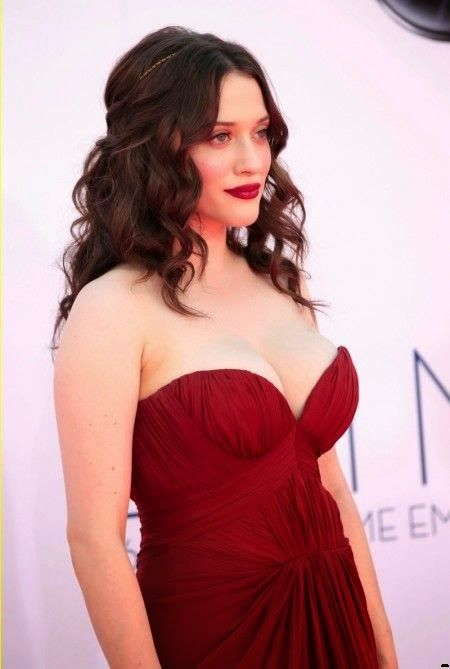 kat dennings at the emmy's