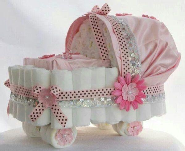 Inspire-se com 20 ideias incríveis de bolo de fralda rosa! Modelos clássicos, modernos e charmosos!