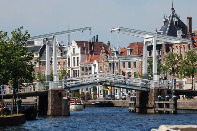 """""""Gravestenen"""" bridge over the Spaarne (Haarlem, the Netherlands)"""