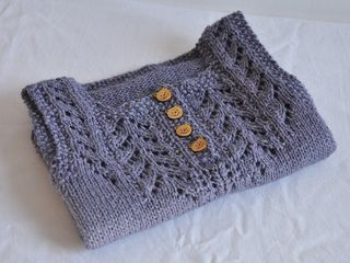 Louise is a top-down baby vest knitted in the round and almost seamless. It uses both written and charts instructions.